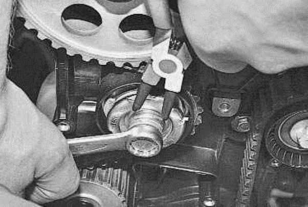 Замена ремня грм на приоре 8 клапанов своими руками